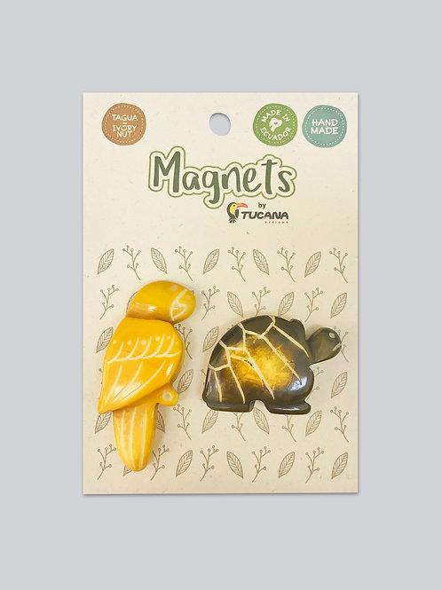Tagua Magnets I 2 Magnets Set I Tortoise & Parrot