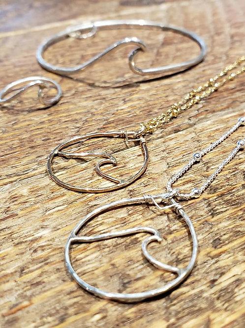 Wave inside Teardrop Necklace - Silver