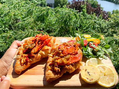 Lobster (Croissant) Roll