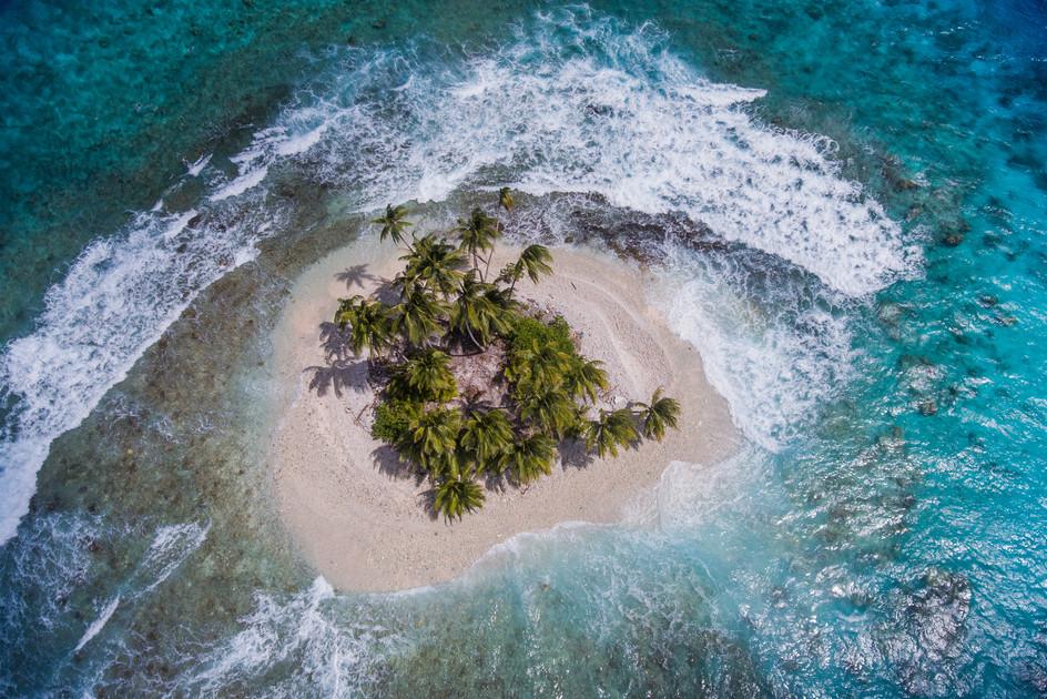 036_35Climate Change_Chuuk Micronesia_photo credit Sarah Fretwell-Nico De La Brosse.jpg