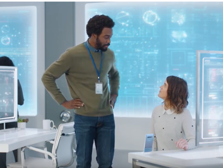 Yedoye Travis Lands Role in AT&T Commercial