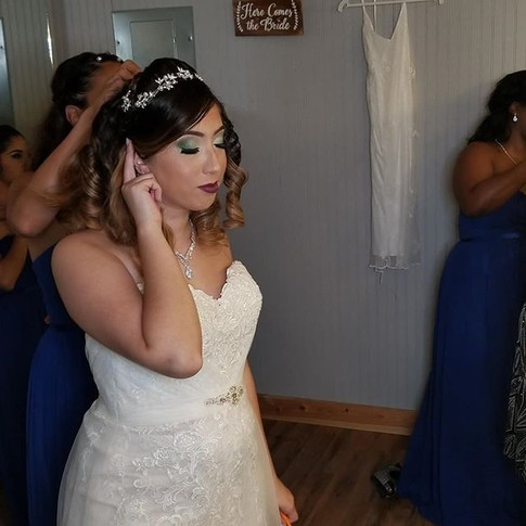 Bridal Party Makeup 💐.jpg