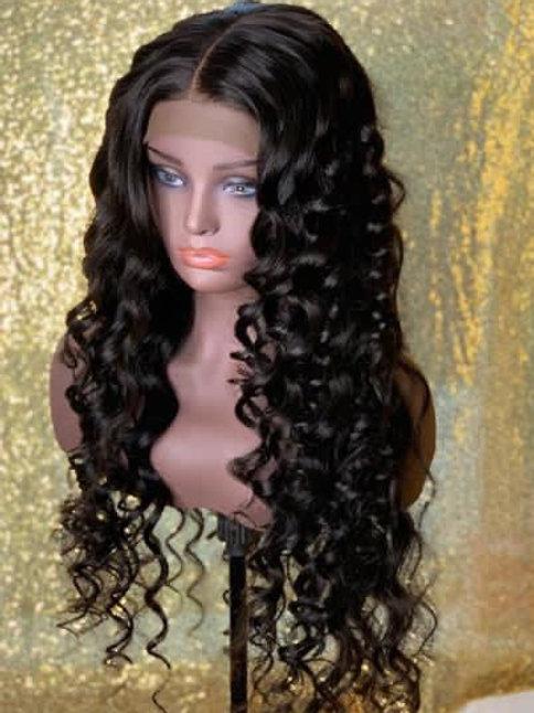 "24"" Exotic Wave Closure wig"