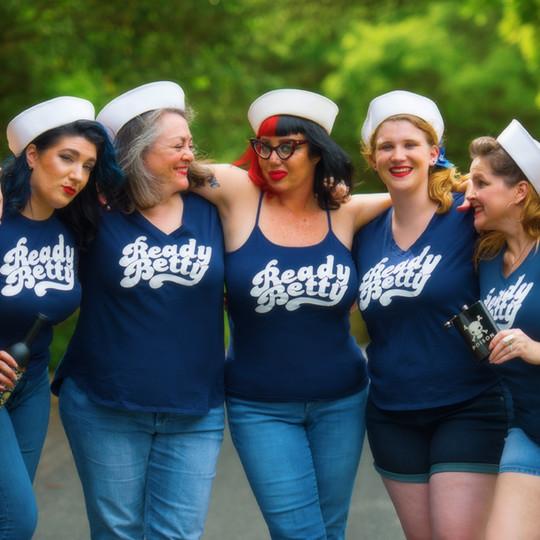 Hiya Sailor!
