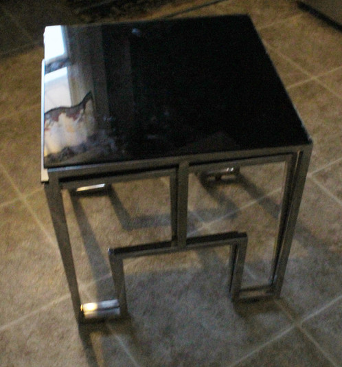 Up For Sale Are A Set Of Mid Century Chrome Base And Black Glass Nesting  Tables In The Style Of Milo Baughman. They Are In Very Good Condition.