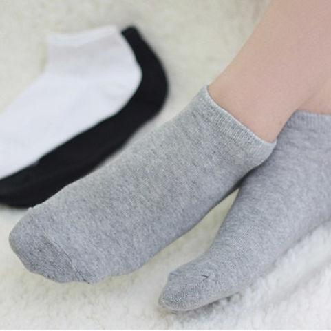 women's-ankle-socks