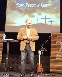 Rick Preaching (1st Assembly Bettendorf)