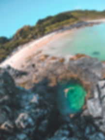 Buraco do Galego, Praia do Cachorro, Noronha | @mundoporelas