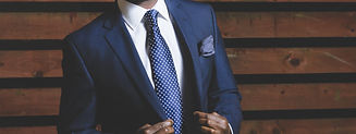 business-suit-690048.jpg