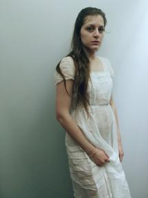 Anne-Marine Suire (Lady Madeline) dans la mise en scène de LA CHUTE DE LA MAISON USHER par Olivier Dhénin