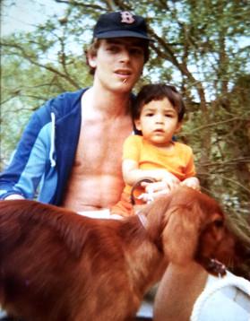 Olivie Dhénin et son père aux Groseillers, le pays d'enfance de l'auteur