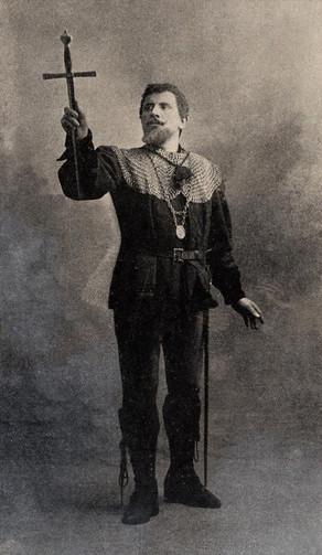 Marcelin Duclos dans le rôle de Valentin au Palais Garnier en 1909