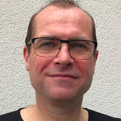 Andrew Brodbelt Consultant Neurosurgeon The Walton Centre