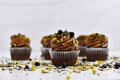 Chocolate Cupcakes + Frosting Kit