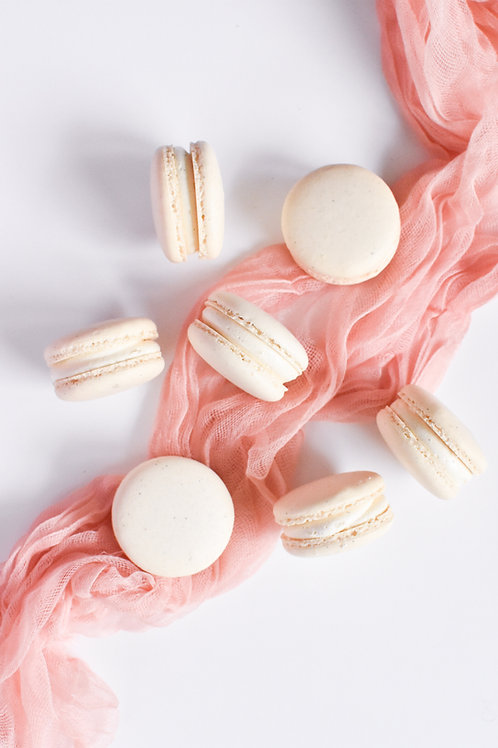 Vanilla Bean French Macarons