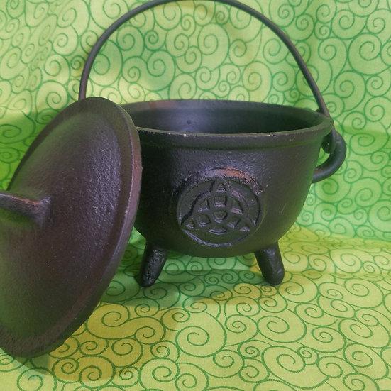 Triquetra Cast Iron Cauldron-Medium