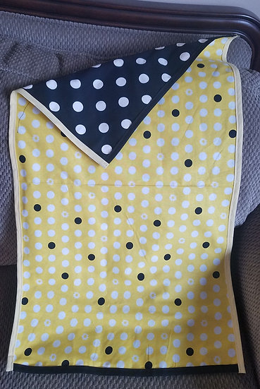 Large Reversible Yellow/Black Altar Cloth