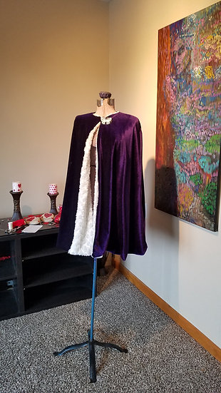Children's CAPE Fully lined Size 4-8 yrs.