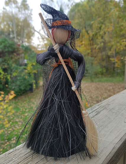 Medium Witch Straw Figure