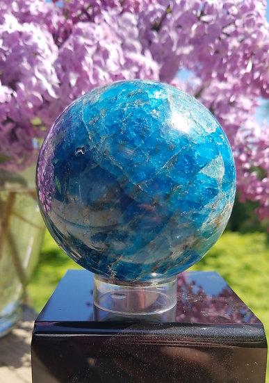 Apatite Sphere 60mm