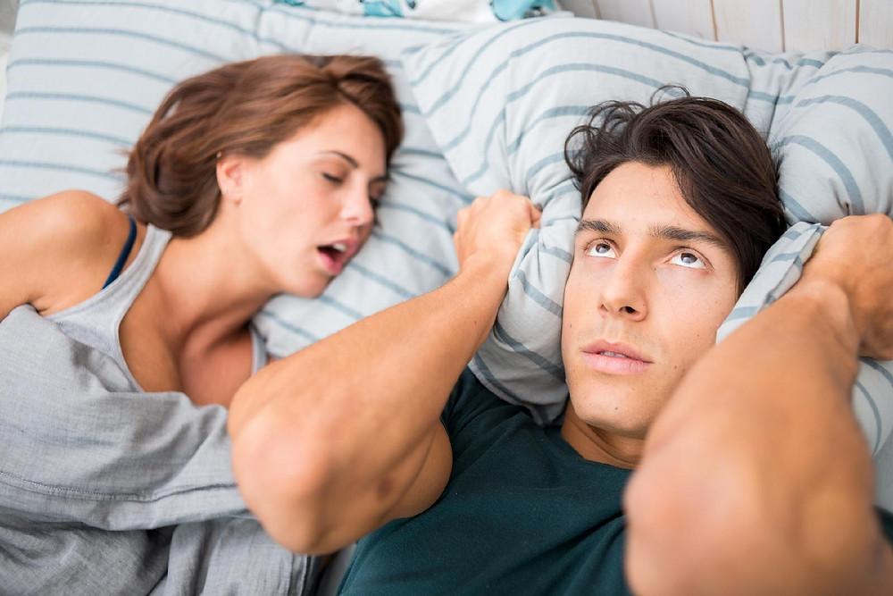 ronco mulher roncando roncar