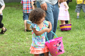 Easter egg hunt 6.jpg