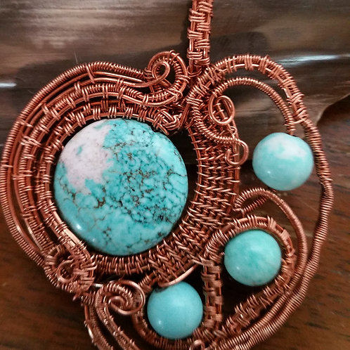 Howlite Pendant with Howlite beads