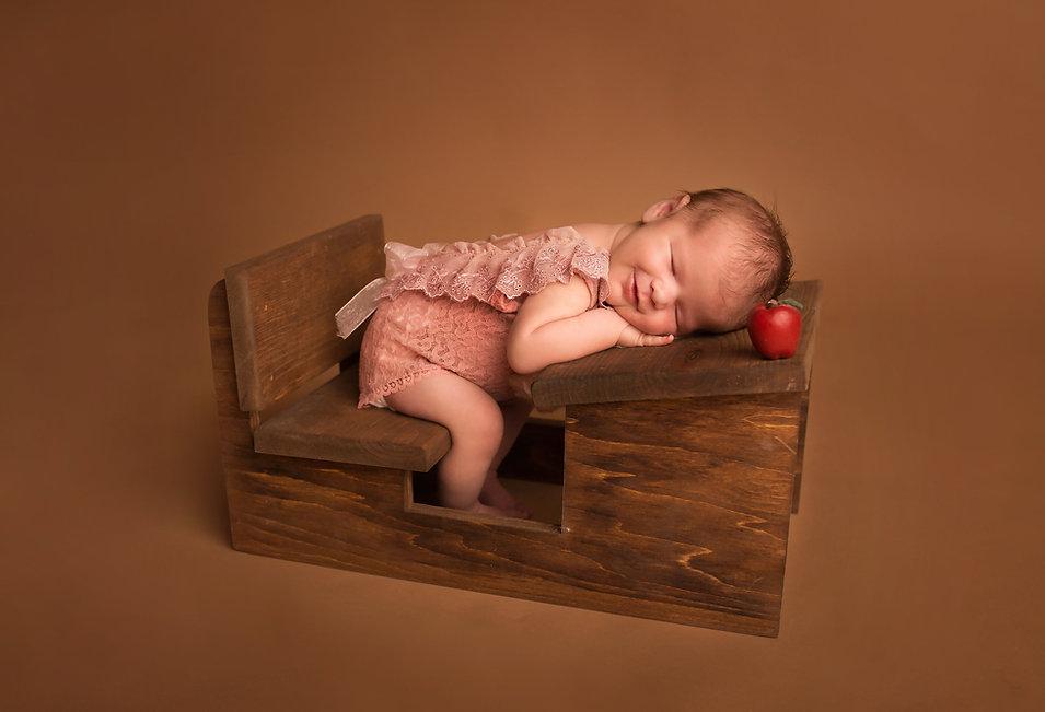 Best newborn photographer in McKinney Texas