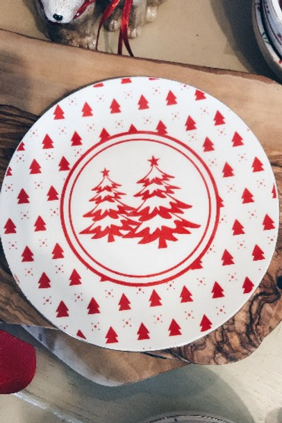 Red Tree Plate