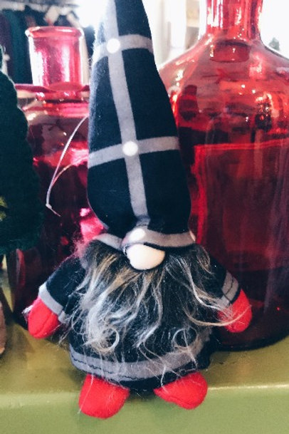 Plaid Gnome