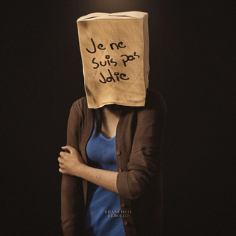 Je ne suis pas jolie