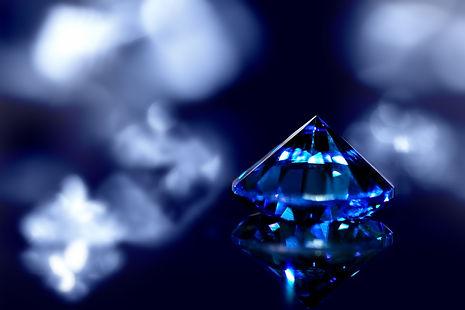 Sapphire or blue diamond with brilliant-