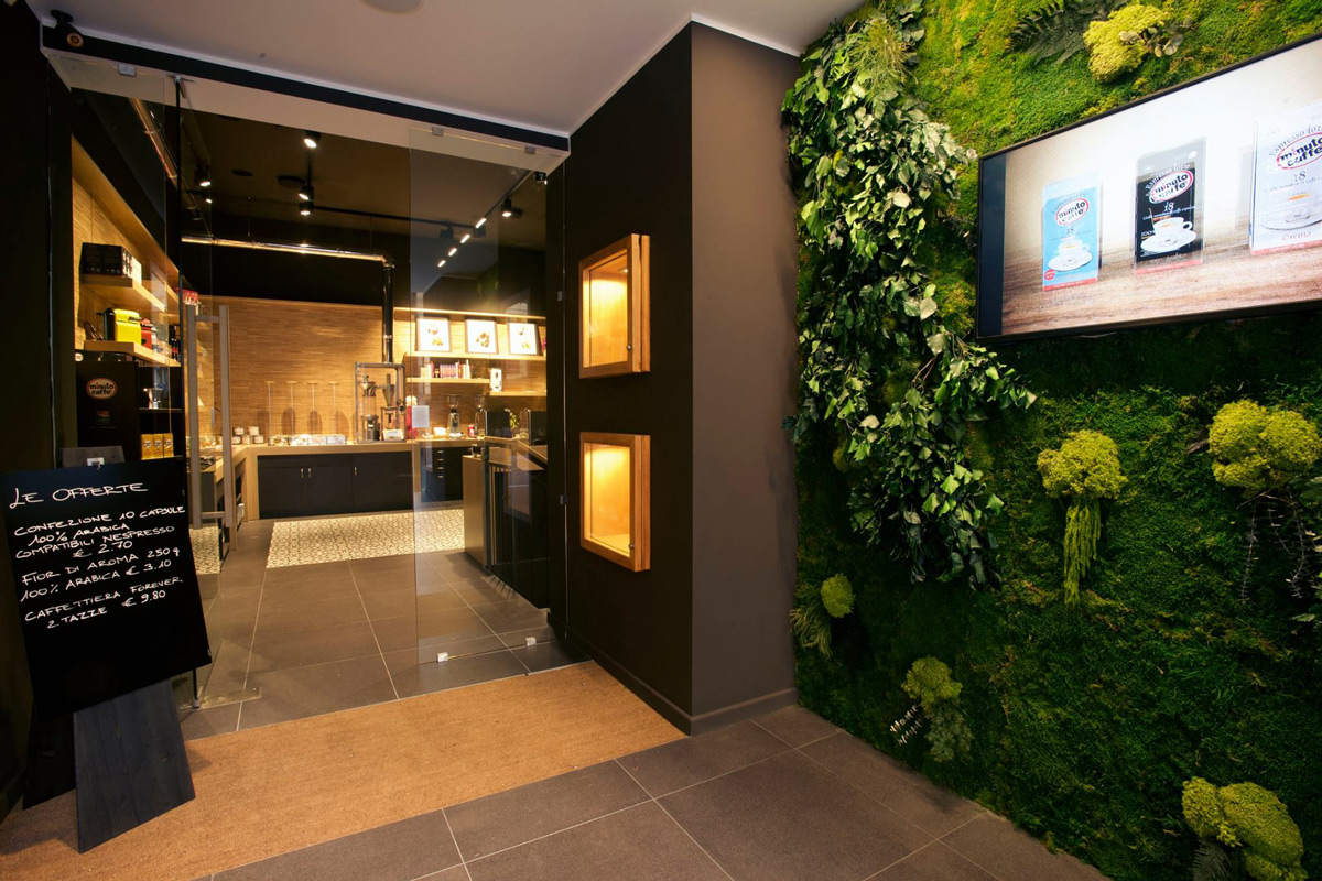 Bespoke Jungle Moss Wall