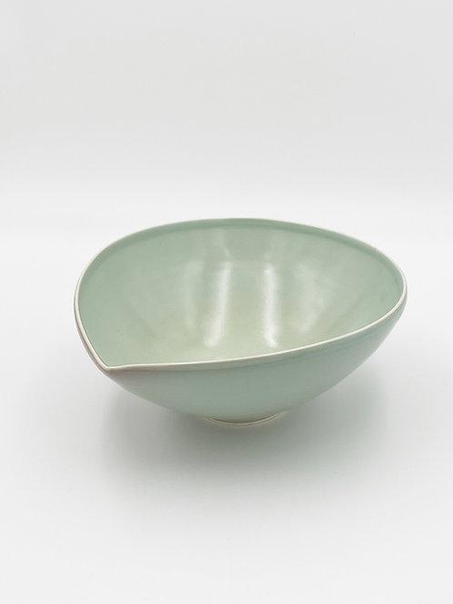 Almond Bowl XL Sage Celadon