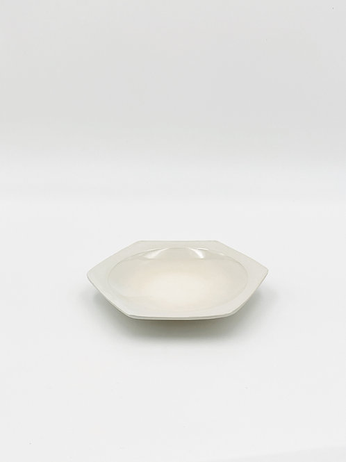 Honeycomb Plate M White