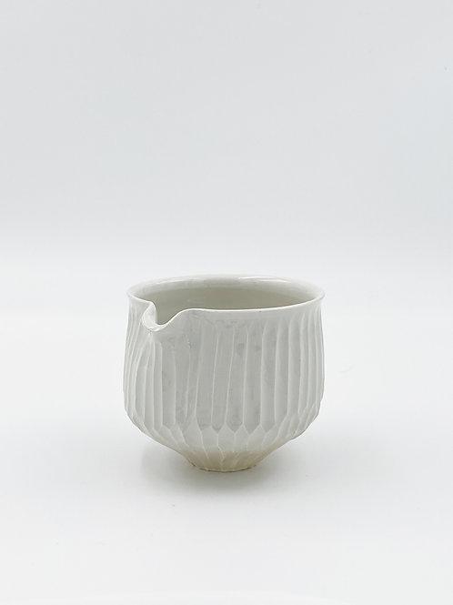 Fluted Katakuchi White E