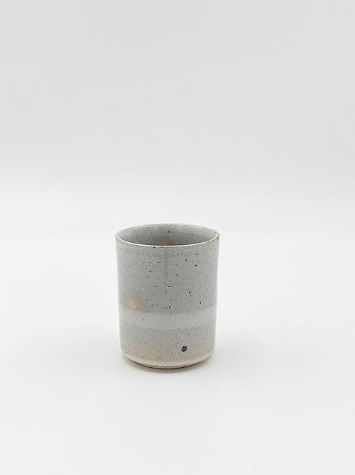 Straight Teacup Borderline Gray