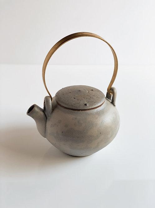 Tea Pot Quail Brass Handle