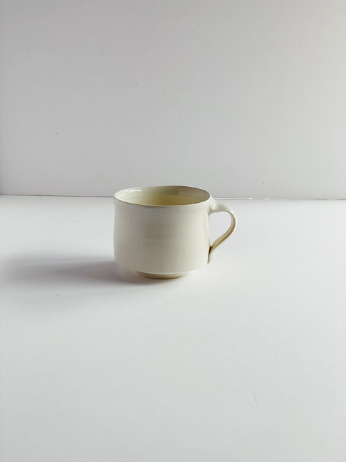 Stout Mug White L