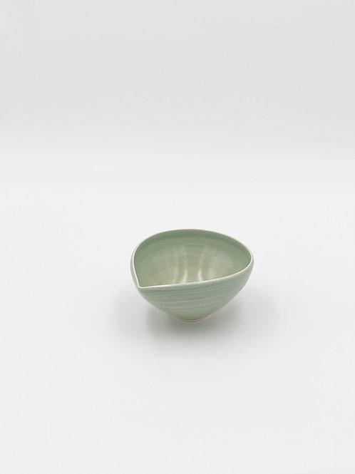 Almond Bowl S Sage Celadon