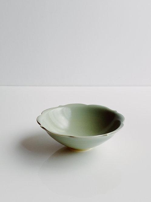 Chakra Bowl M Sage Celadon