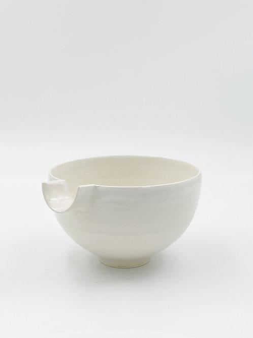 Katakuchi White B
