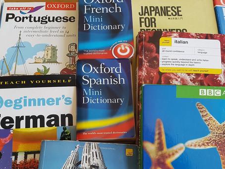 Saber uma língua estrangeira é suficiente para trabalhar com tradução?