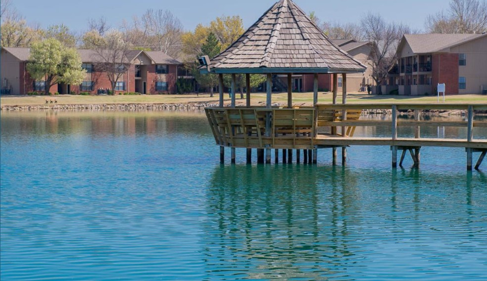 waters-edge-apartments-oklahoma-city-ok-