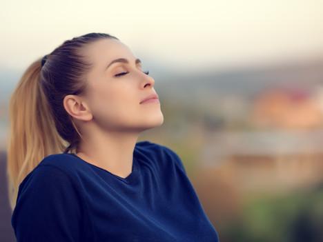 Combattre la fatigue par la respiration. Oui, c'est possible.