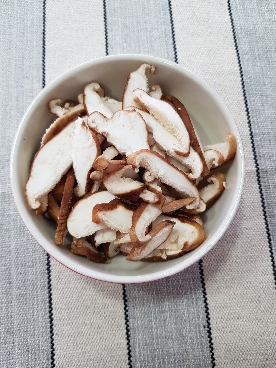 NutS na cozinha: Shitake na manteiga