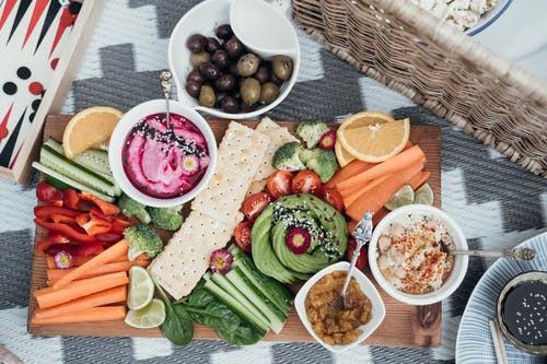 Alimentação vegetariana ou vegana aumenta o risco de osteoporose?