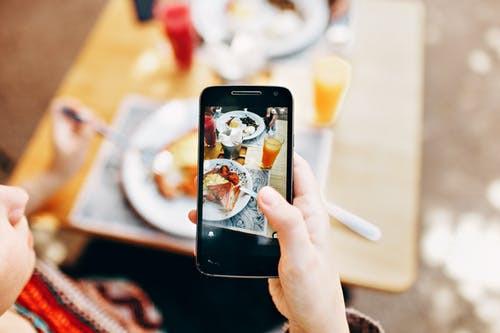 Redes sociais: aliadas ou inimigas da vida saudável?