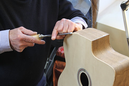 Guitar making lesson - 2 hours