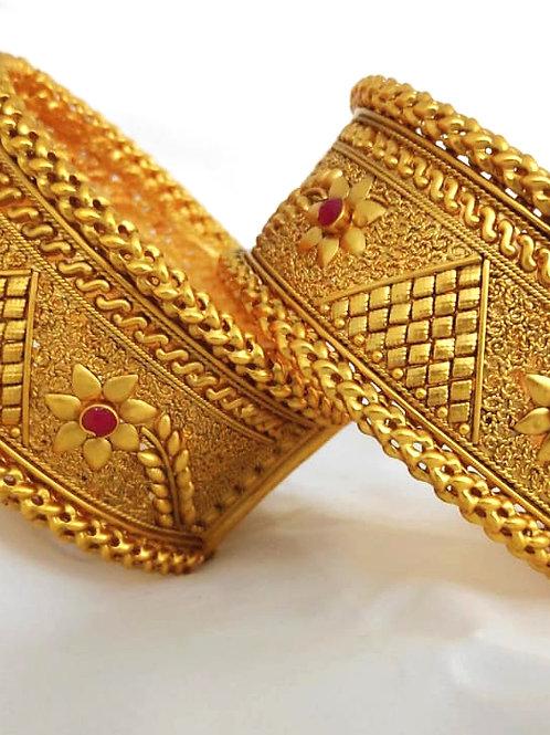 Brass High Gold Matt Kangan Bangle D12N68